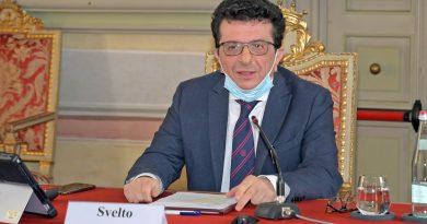 Francesco Svelto, Magnifico Rettore dell'Università di Pavia